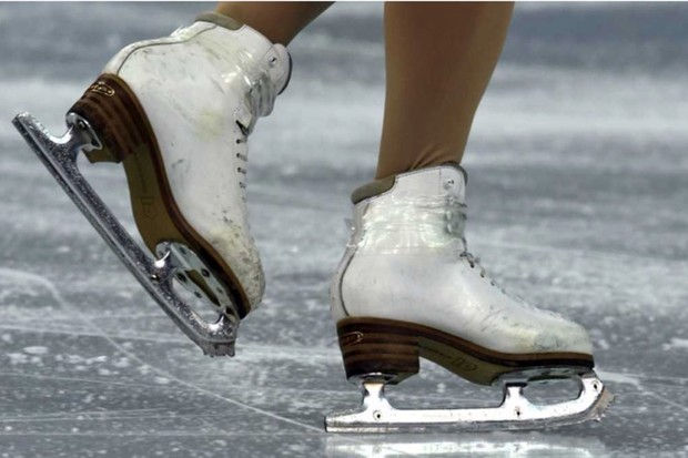 Why don't ice skaters get dizzy? © Getty Images