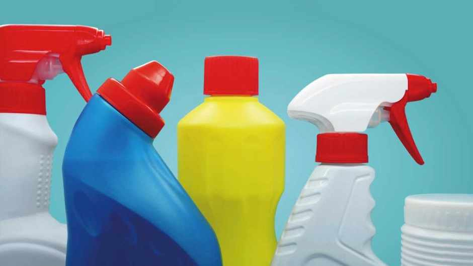 How do household cleaning products affect the environment? © Getty Images