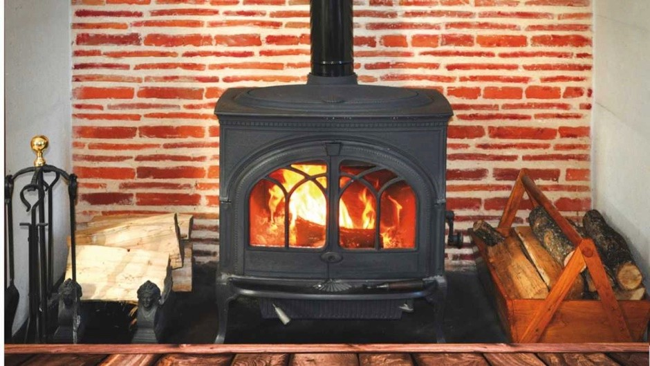Are wood-burning stoves environmentally friendly? © Getty Images