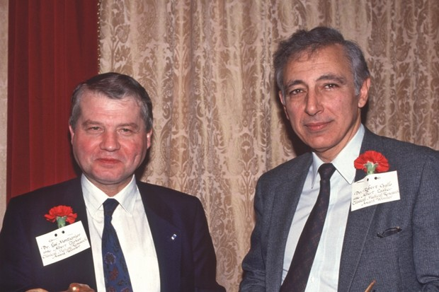 Robert Gallo (left) and Luc Montagnier (right) © Getty Images