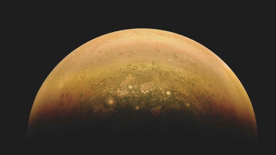 Could Jupiter become a star? © NASA