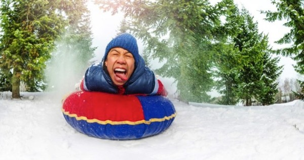Does being heavier make you go faster on a sledge?