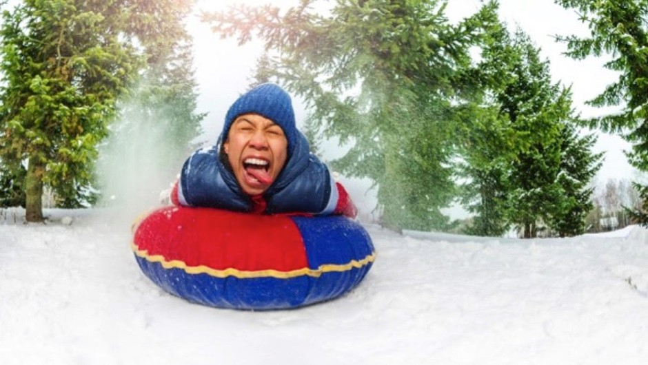 Does being heavier make you go faster on a sledge? © iStock