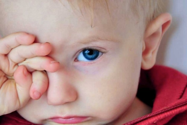 Why do we rub our eyes when we're tired? © iStock