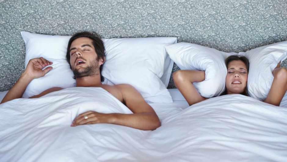 Do more men snore than women? © iStock