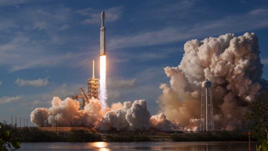 What is the environmental impact of the SpaceX Falcon Heavy launch?