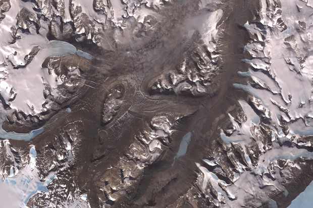 McMurdo Dry Valleys © NASA/GSFC/METI/ERSDAC/JAROS, and U.S./Japan ASTER Science Team