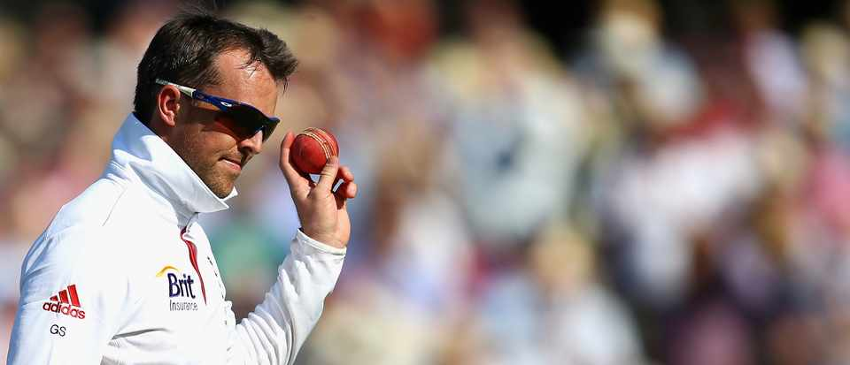 Graeme Swann of England celebrates after talking his fifth wicket during day two of the 2nd Investec Ashes Test match between England and Australia at Lord's Cricket Ground on July 19, 2013 in London, England. (Photo by Ryan Pierse/Getty Images)