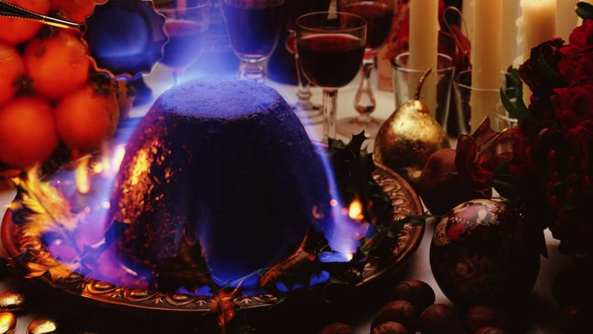 Why doesn't a flaming Christmas pudding burn? © Getty Images