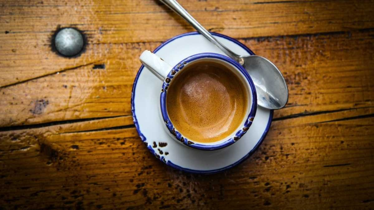 How is caffeine removed from decaf coffee? © Getty Images