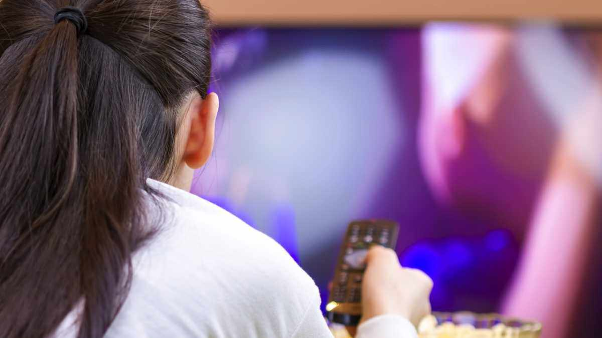 Why does the picture quality on HDTV adverts look better than normal, despite being viewed on a non-HDTV? © Getty Images