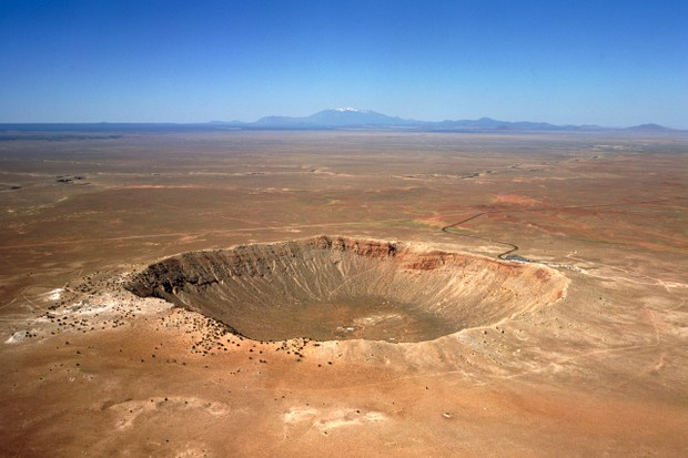 Aerial view of Meteor Crater, near Winslow in northeast Arizona, USA © David Parker/Science Photo Library/Getty Images