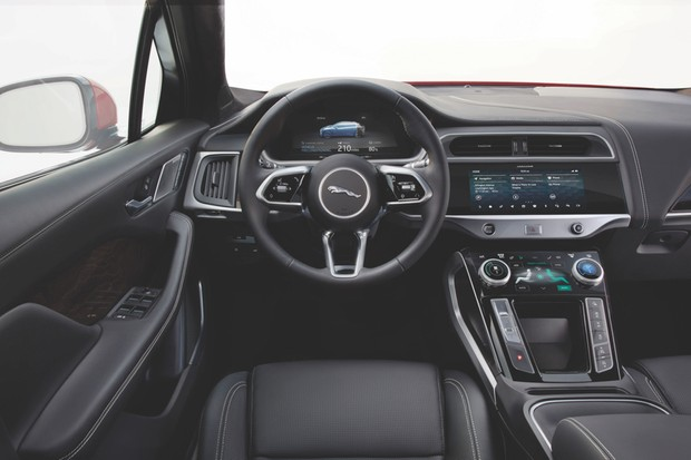 It's in the front of the cabin that the I-Pace's 21st-Century credentials are clear to see © Jaguar Land Rover/Newspress