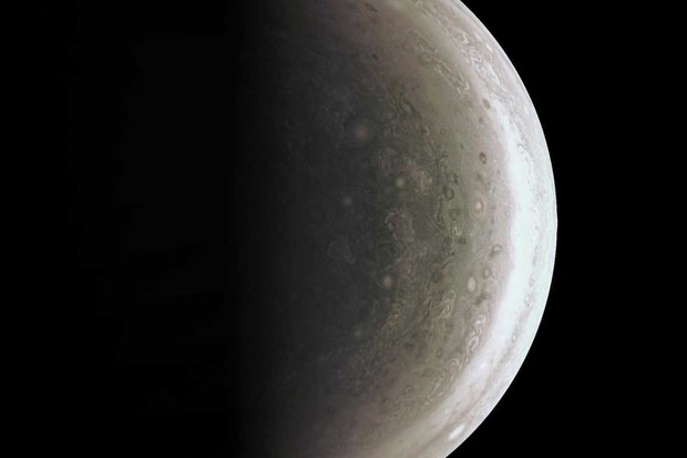 Storms at Jupiter's south pole © NASA/JPL-Caltech/SwRI/MSSS