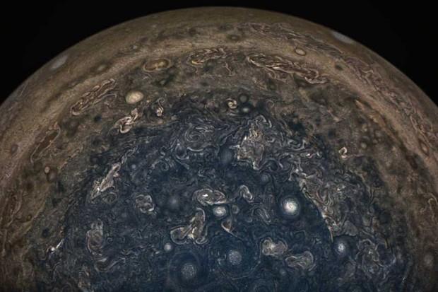 Jupiter's southern storms © NASA/JPL-Caltech/SwRI/MSSS/John Landino
