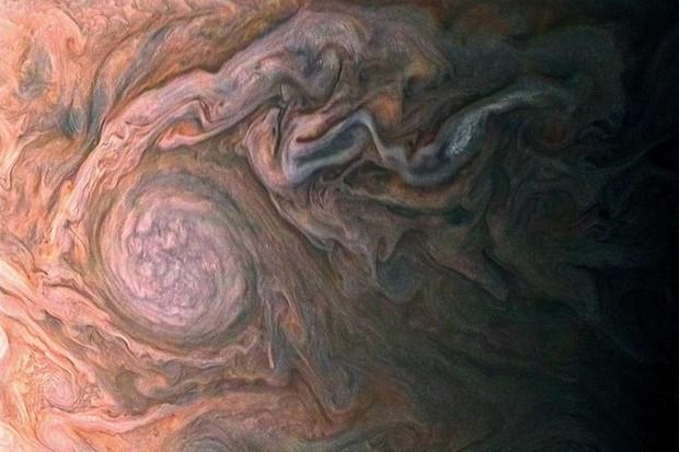Jovian southern hemisphere © NASA/JPL-Caltech/SwRI/MSSS/Roman Tkachenko