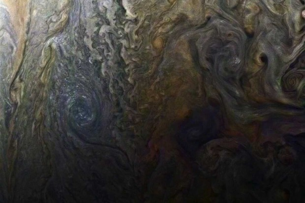 Jupiter's dark spot © NASA/JPL-Caltech/SwRI/MSSS/Roman Tkachenko