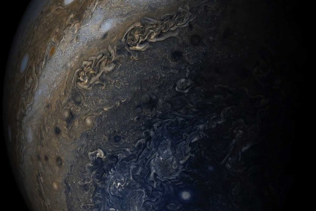 Jupiter's south polar region © NASA/JPL-Caltech/SwRI/MSSS/Gerald Eichstadt/Sean Doran