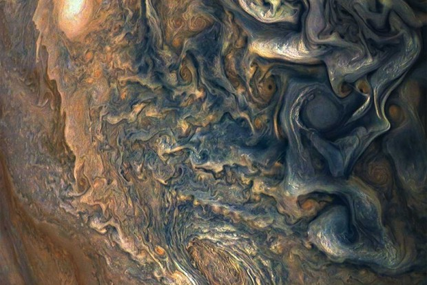 Jupiter's clouds © NASA/JPL-Caltech/SwRI/MSSS/Gerald Eichstadt/Sean Doran