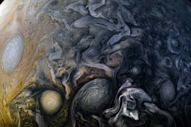 Cloud patterns of Jupiter © NASA/JPL-Caltech/SwRI/MSSS/Kevin M. Gill