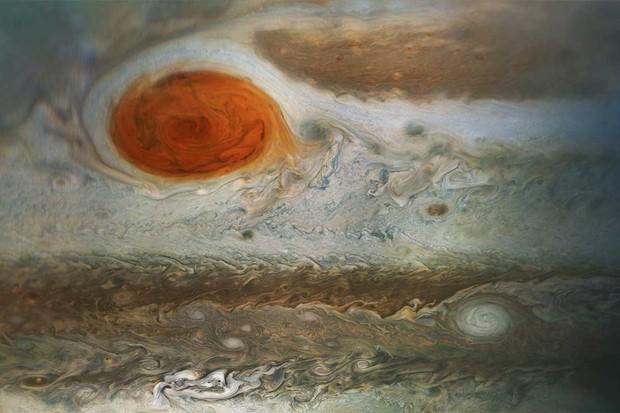 Jupiter's Great Red Spot © NASA/JPL-Caltech/SwRI/MSSS/Gerald Eichstadt/Sean Doran