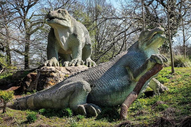 The dinosaurs in Crystal Palace Park look quite different to how we visualise the animals today © Alamy