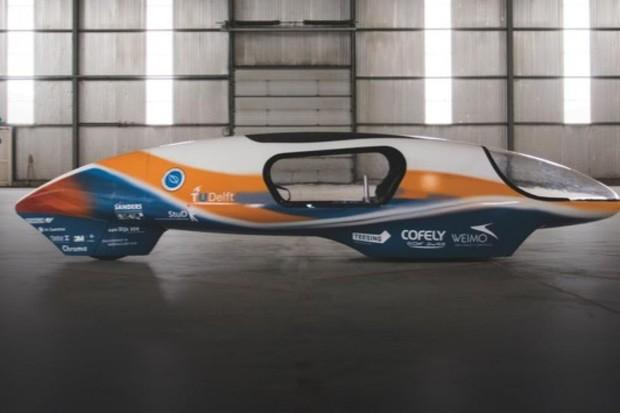 How can we make cars more energy efficient? Ecorunner V (© Rick Settles)
