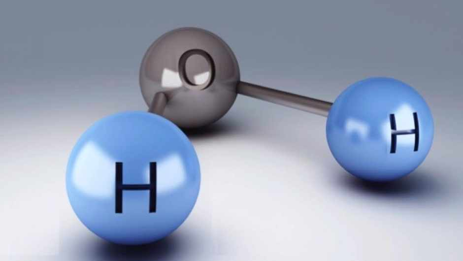 If water contains hydrogen, which is flammable, why doesn't it burn? © iStock