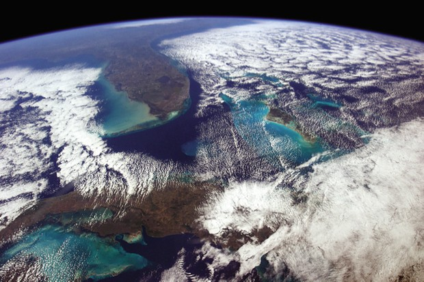 """Chris Hadfield: """"On a clear day you can see forever (or at least from Havana to Washington, D.C.)"""""""