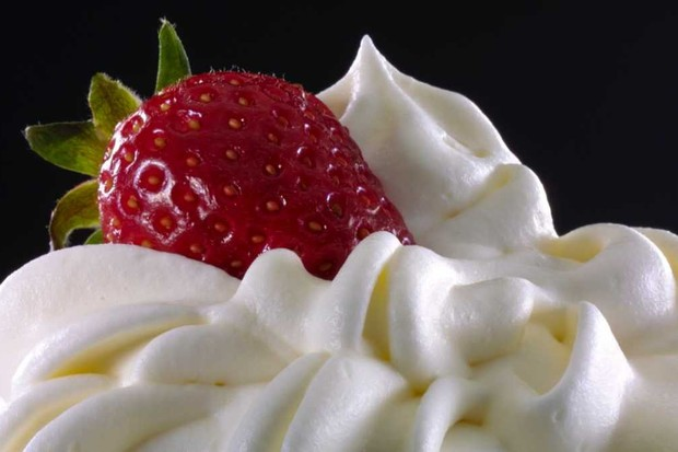 How does cream get 'whipped'? © iStock