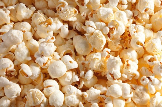 How does popcorn pop? © iStock