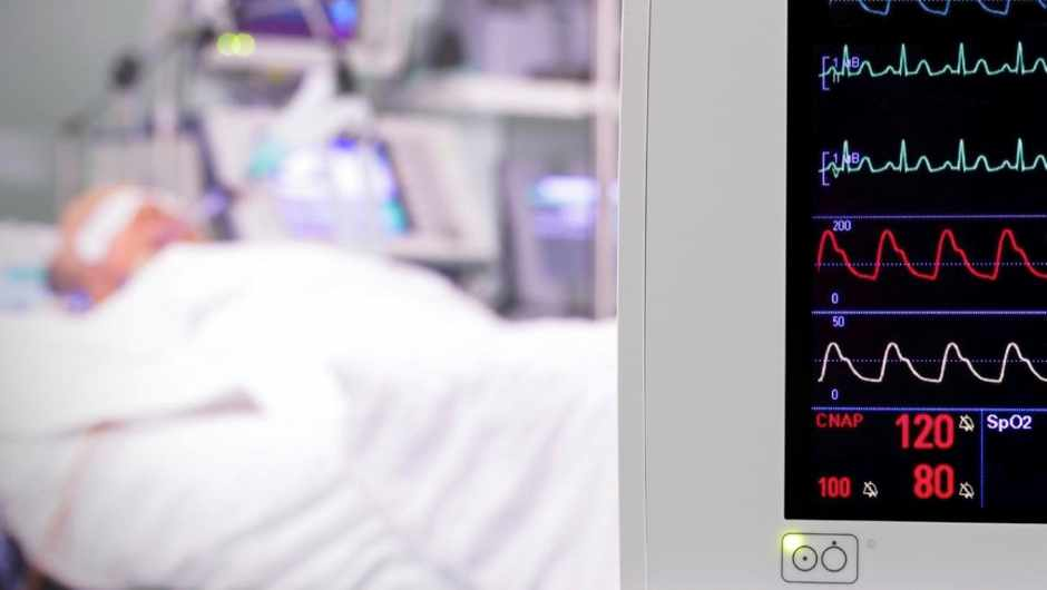 How long can you be kept on a life support machine? © iStock