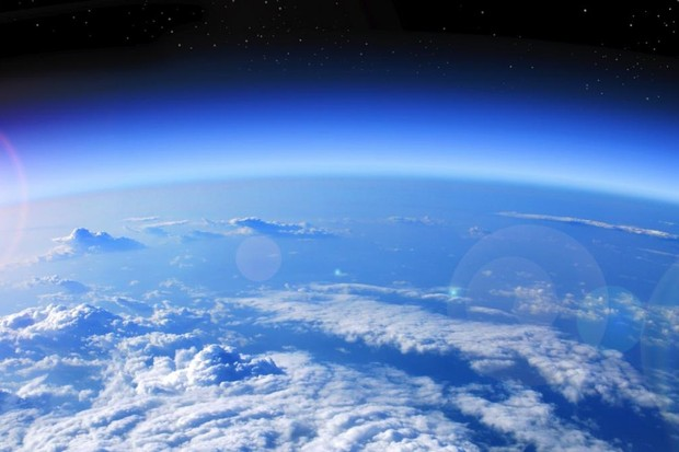 Why can't we just fill in the ozone hole with man-made ozone? © iStock