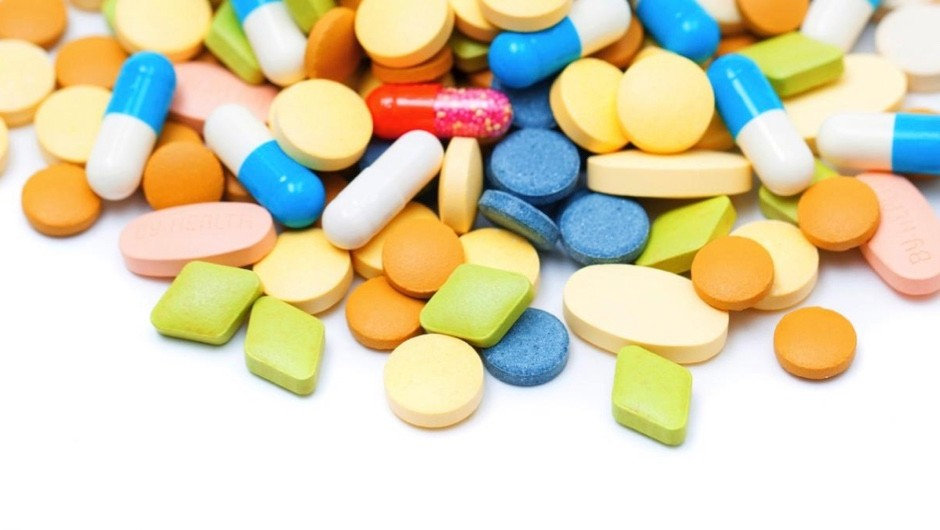 Could a human live on water and supplement tablets? © iStock