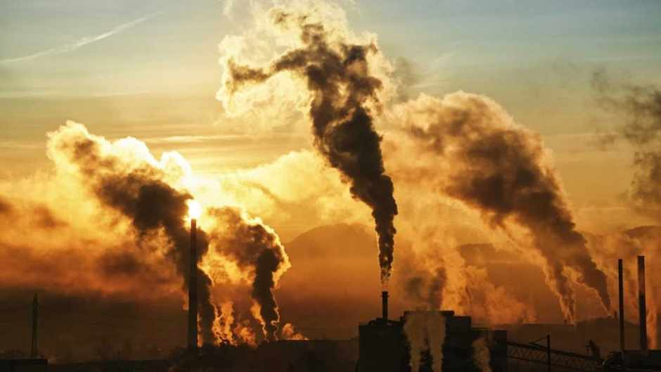 At the current rate of pollution, when will the Earth become uninhabitable for humans? © iStock