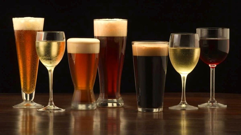 Are the sulphites added to beer and wine bad for you? ©iStock