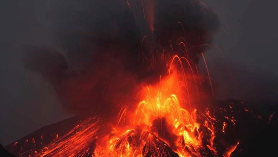 Top 10 most explosive volcanic eruptions © iStock