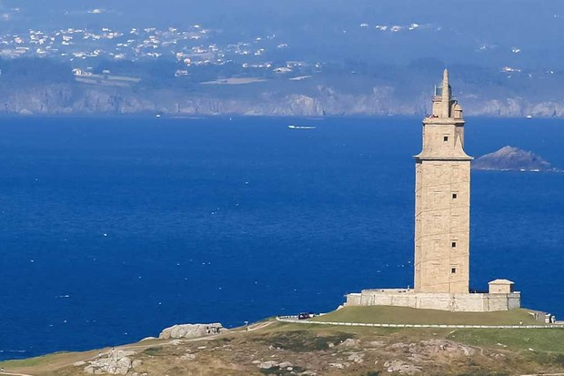 What's the oldest lighthouse standing today? © iStock