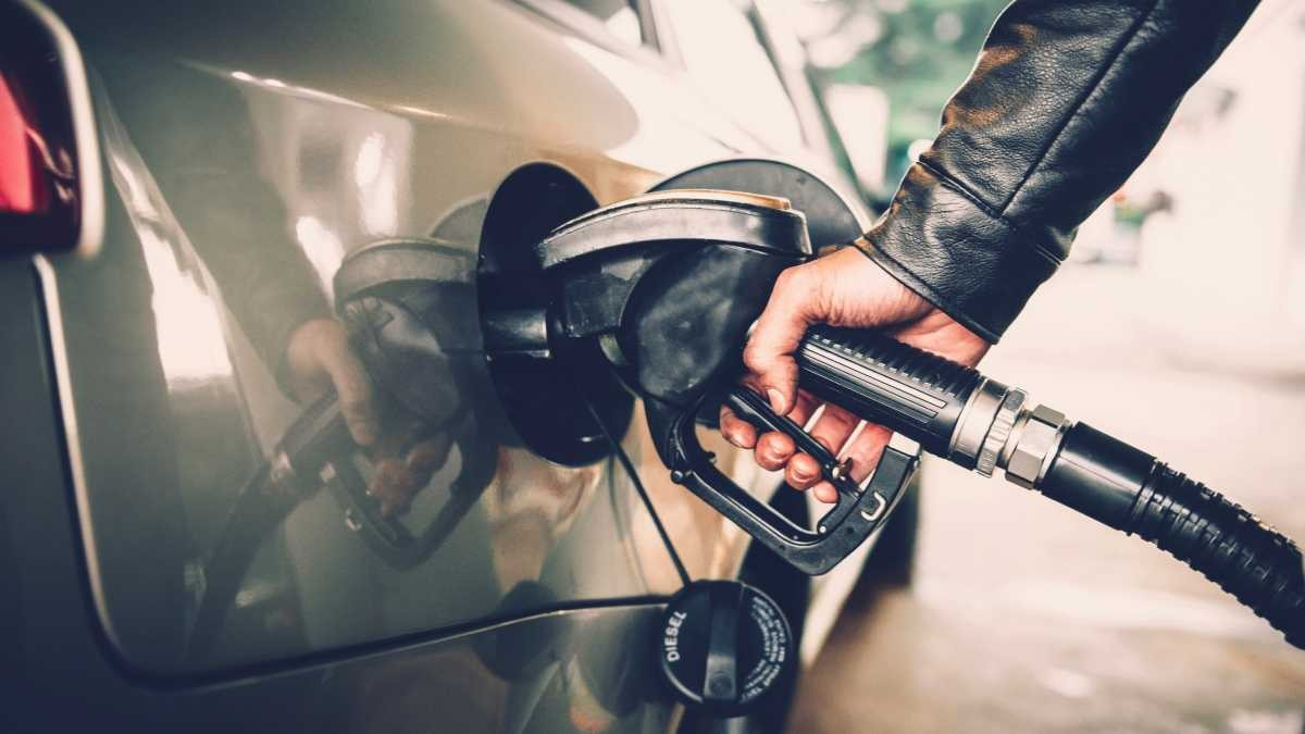 How can I cut my car's fuel consumption? © iStock