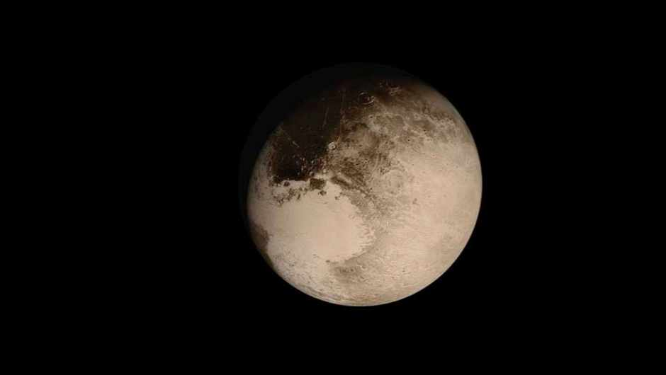 Why Pluto may have a large ocean beneath its icy surface © NASA