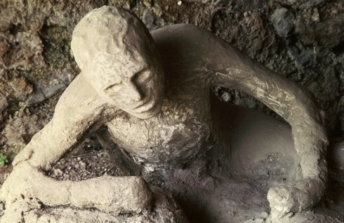 A cast of a Pompeii citizen that was petrified in volcanic ash (credit: The Art Archive)