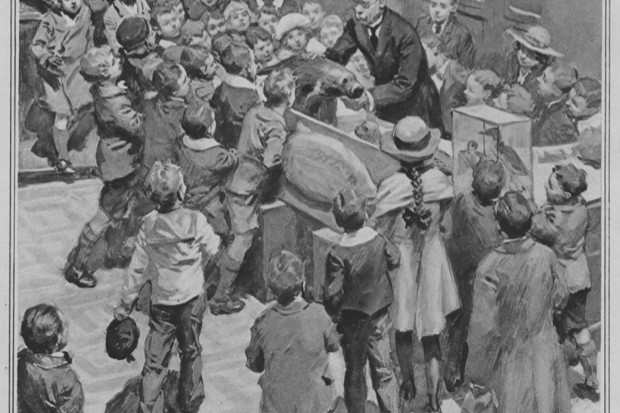 Illustration of Professor J. Arthur Thomson giving his Christmas Lectures © London Illustrated News, 15 January 1921