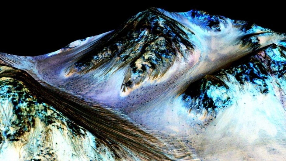 © NASA/JPL/University of Arizona