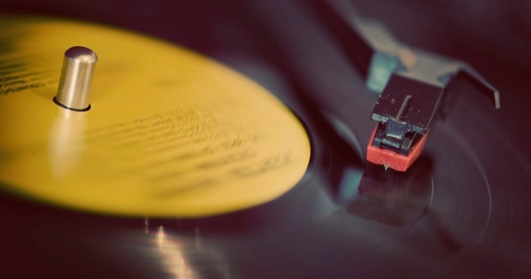 Do vinyl records really sound better than CDs?