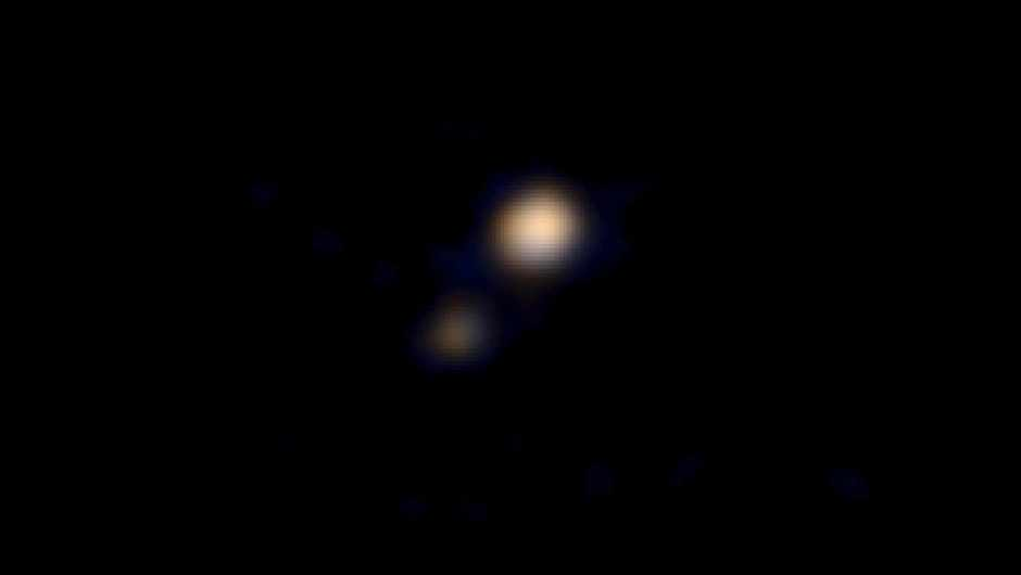New Horizons captures Pluto in colour © New Horizons