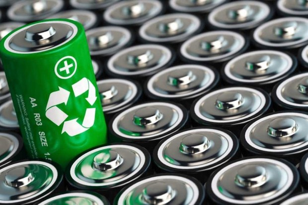 Do 'battery eaters' make batteries more environmentally friendly to dispose of? © Getty Images