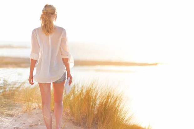 Do white clothes really keep you cool in summer? © iStock