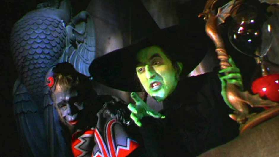 Perhaps it's not the green skin but the wart on her chin that makes this witch so wicked © MGM/REX/Shutterstock