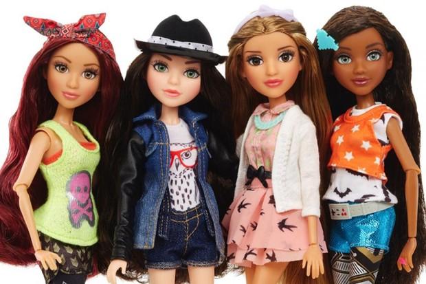 Netflix celebrates new show with Project MC2 dolls © Netflix