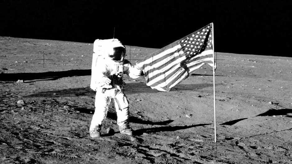 Is the flag still on the Moon? © Getty Images